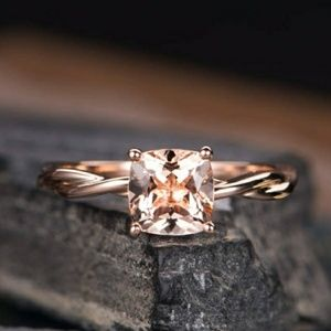 Jewelry - 18K Rose Gold Twisted Shaft Cushion Morganite Ring